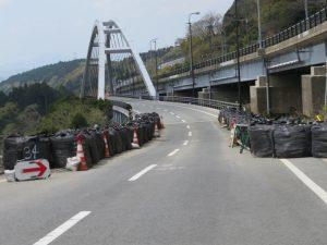 熊本県菊池郡橋梁復旧現場