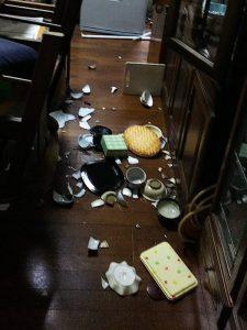 地震直後の別宅・LDK
