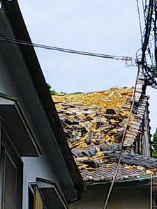 大阪北部地震・茨木神社の屋根