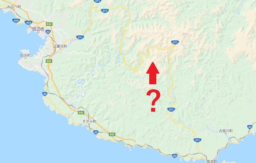 グーグルマップを見たら、紀伊半島の山間で分断されているはずの国道371号が、何故かう回路の玉の川林道が国道指定されていて、繋がってしまってる事に気づいてしまいました・・・