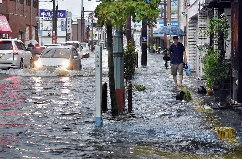 佐賀駅前通り浸水