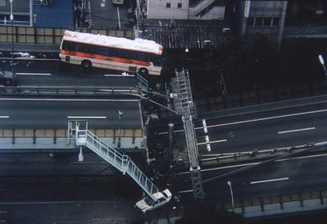 阪神高速落橋